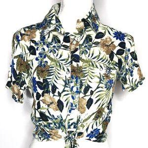 En Creme Tops - En Creme Floral Tropical Crop Top Size Small